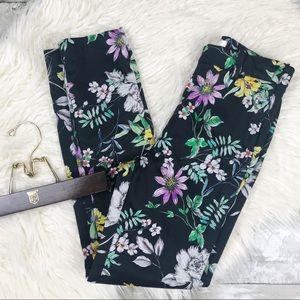 H&M Floral Print Black Ankle Cropped Pants 4
